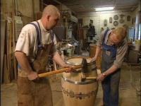 Подготовка дубовой бочки к первому использованию